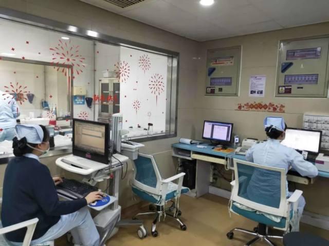 郑州人民医院:这个特殊的除夕,我们依然在你身边!