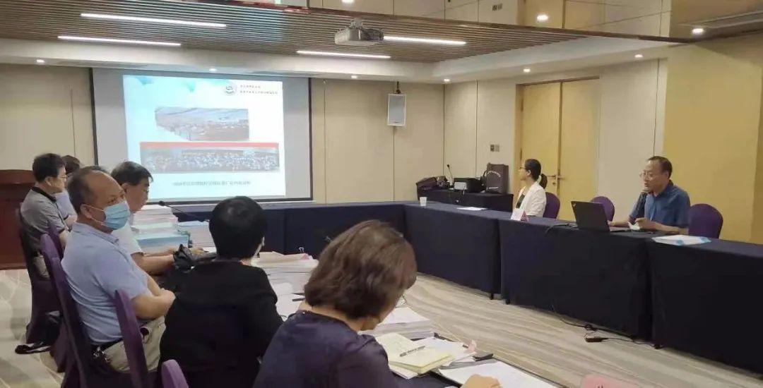安军明主任参加 2021 年西安市院士专家工作站绩效考核答辩会