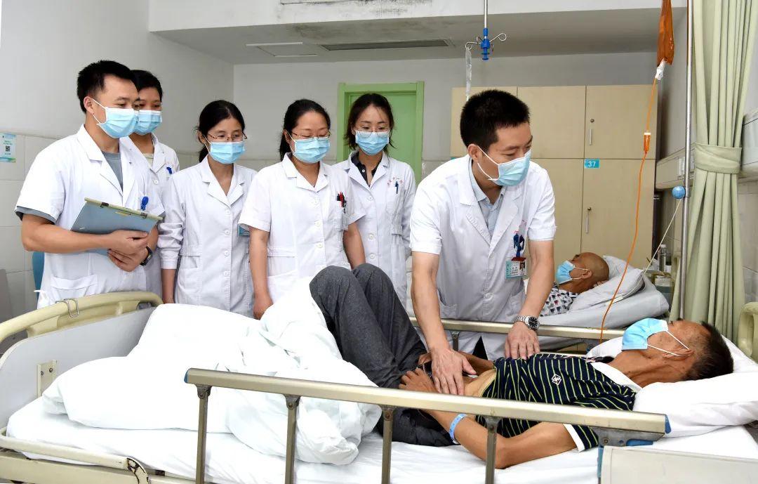 居高声远 博学勇进——记淮安市首席医学专家、博士研究生导师、市一院副院长高勇