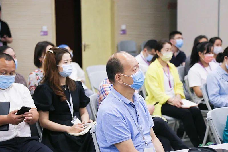 热烈祝贺北京爱康集团首届健康讲师培训班正式开课!