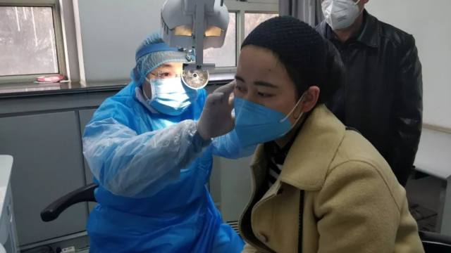 甘肃省人民医院门诊第一日 就医秩序井然