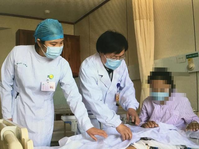 藏族姑娘一期手术已顺利完成