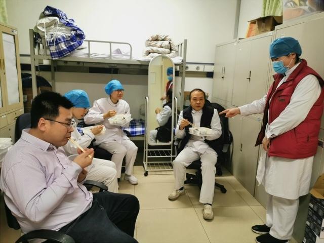 众志成城 坚守「医」线——航空总医院医务人员春节坚守岗位 守护首都健康