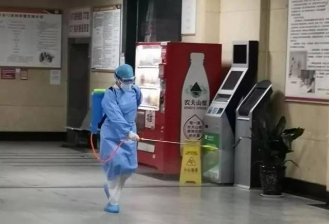 扶风县人民医院「抗疫」故事/「九朵金花」最美天使的 24 个日夜