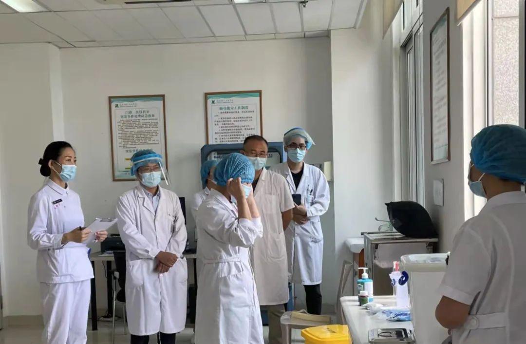 淮安市一院门诊肺功能室开展呼吸道职业暴露处置应急演练