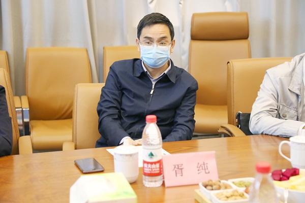 四川省总工会胥纯到省泌尿外科医院调研