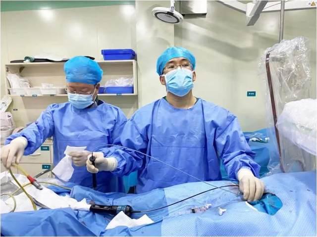 潍坊市人民医院心内一科借助腔内超声指导完成零射线房颤射频消融术