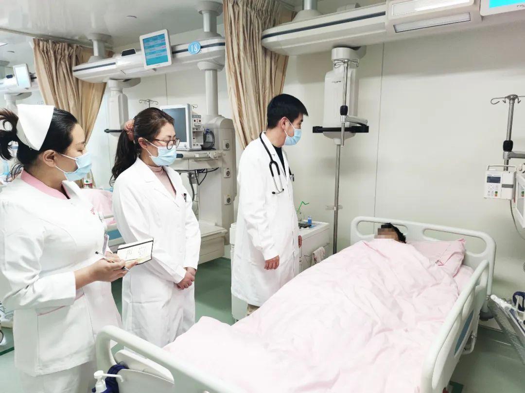 给我一份信任 还你一份健康——心脏内科 CCU 团队完成 PFO 封堵术后残余漏再封堵