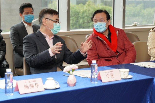 致敬白衣「战士」  瑞慈医疗捐赠 500 万元体检服务 守护医师及家属健康
