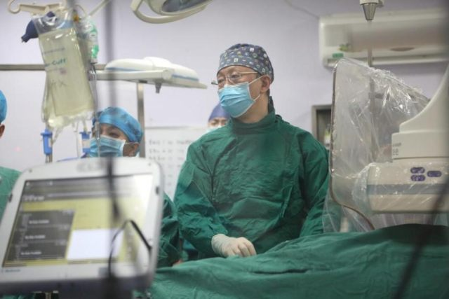 Micra 无导线起搏器植入手术