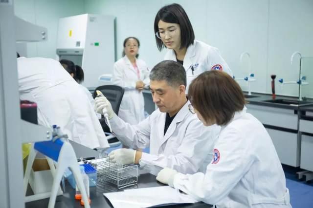 陆道培医疗集团信纳克实验室临床诊断流式实战系列培训