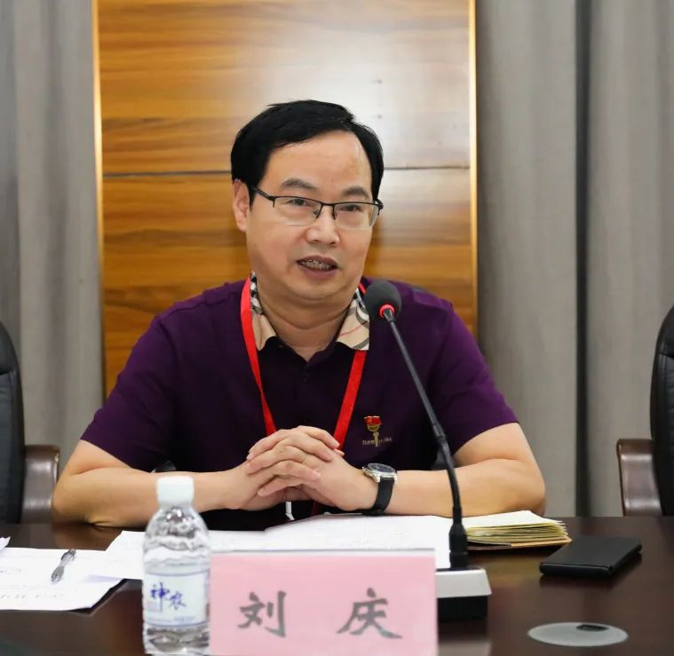 中医传统拜师仪式再现合江县中医医院