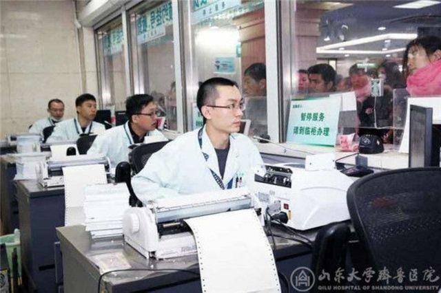 节后各医院流量完爆春运,医生们要累疯了