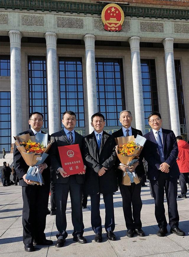 中南医院王行环教授团队荣获国家技术发明奖二等奖