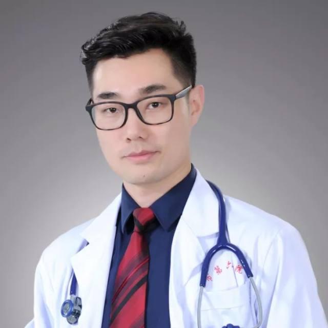 武汉市第六医院「王李双雄」联手与新冠病毒正面交锋的 700 多个小时