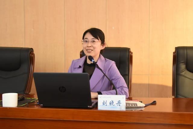 上海二康医院展开 科研项目申报及学术论文撰写培训,提升科研水平
