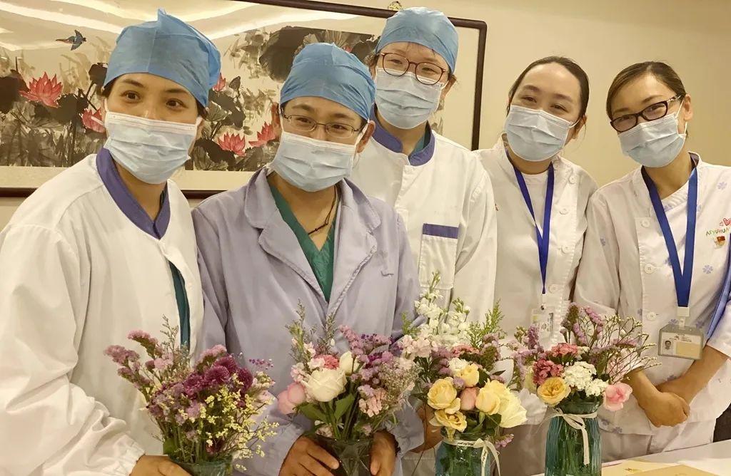 欢庆国际护士节丨致白衣天使——「 温暖守护 最美是你」