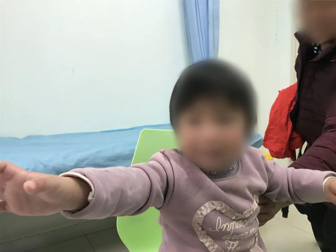 杭州市儿童医院院长建议家长,平时多摸摸孩子的肚子