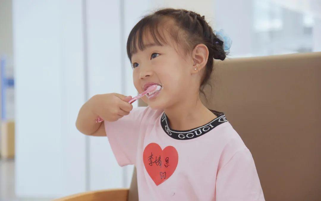 成都京东方医院开展爱牙日活动