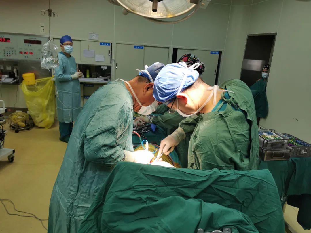 12 岁、126 CM、29 KG!脊柱三柱截骨矫形手术让她重拾自信
