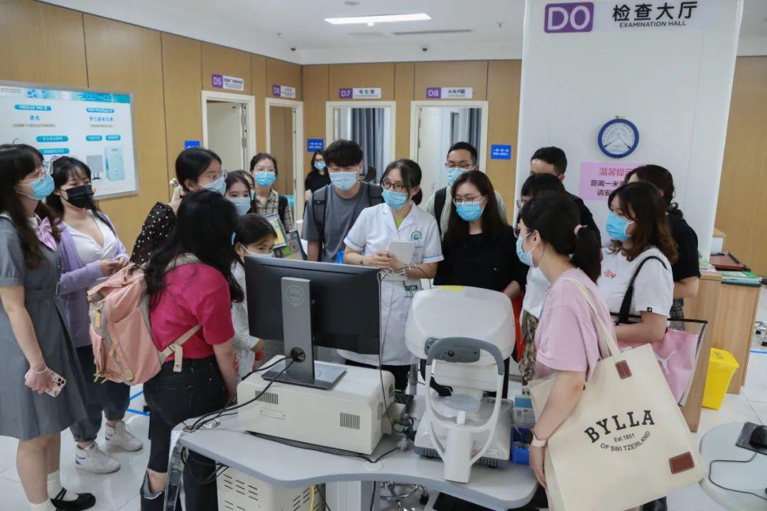 银海眼科医院启动 2021 届规培住院医师入院教育