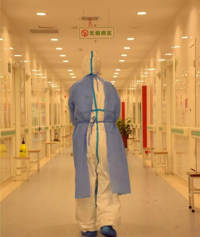 西安城北医院:第四隔离区的战士们