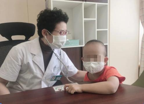 「远东好医生」张玉华,40 年呵护儿童健康,她以实力圈粉
