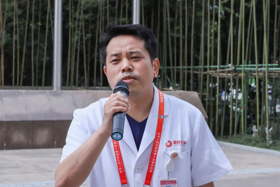 西安高新医院医疗保障队集结出征,为运动员健康护航