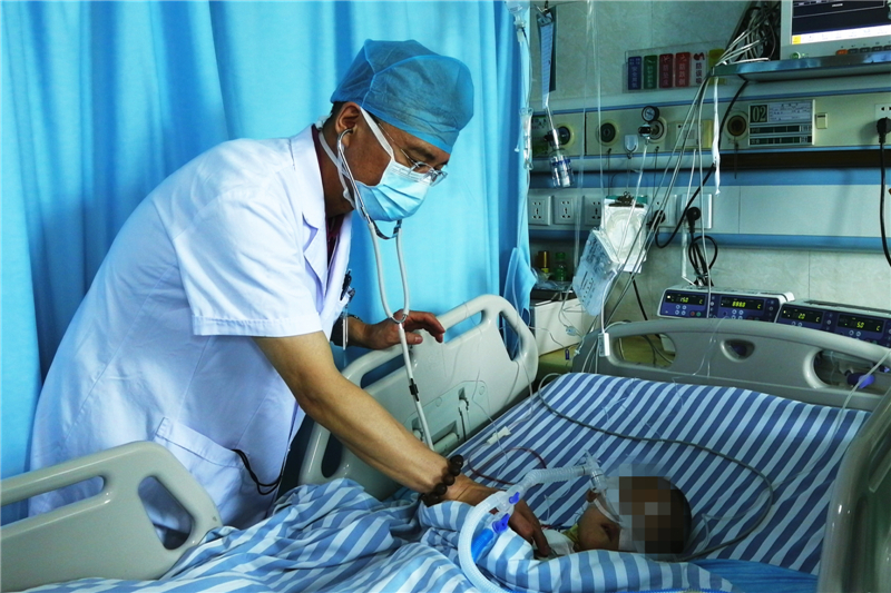 主动脉夹层患者情况危急  广西壮族自治区医院数天成功挽救