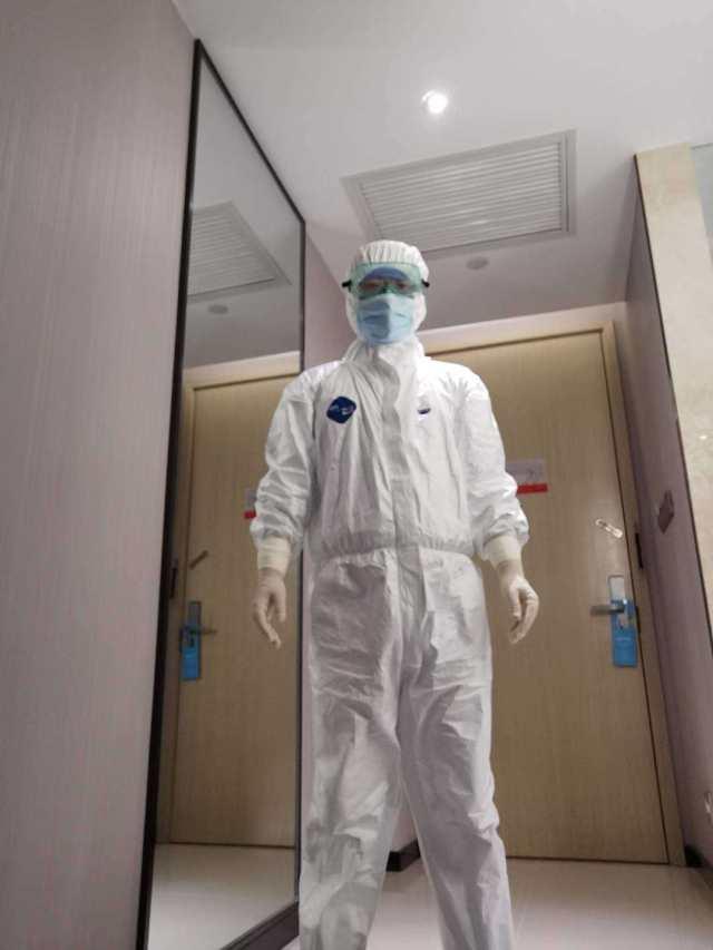 战斗在武汉疫情一线,徐州男护士的「武汉日记」看哭网友