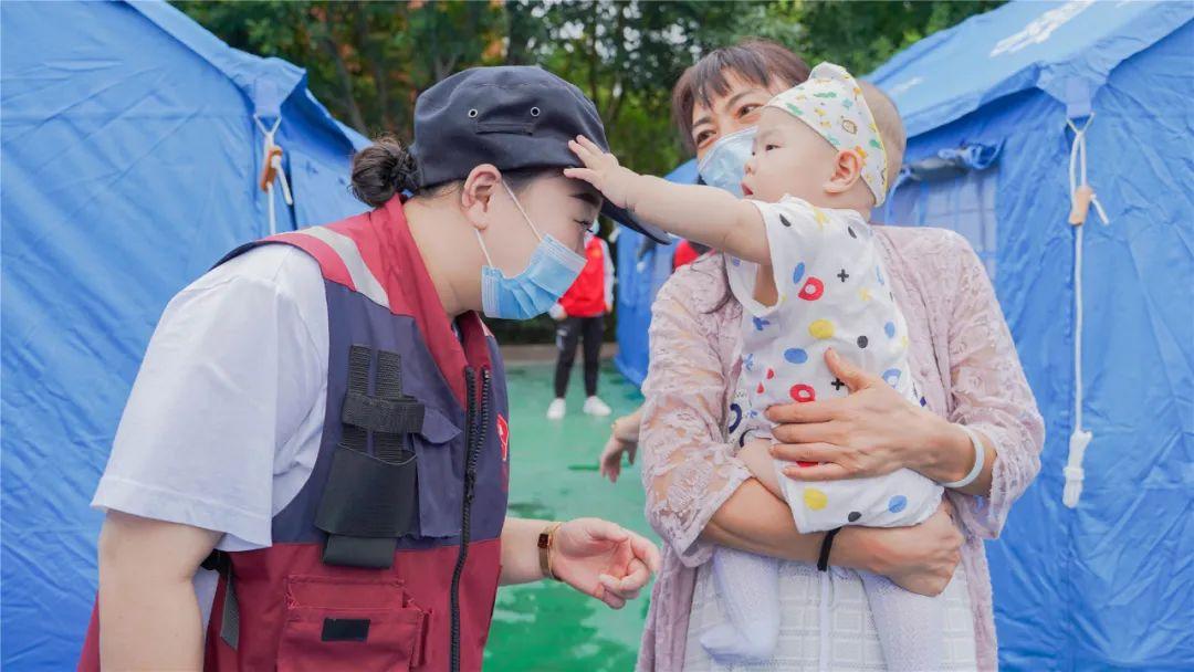【泸县地震】这个「战场」,西南医科大学附属医院的他们从来都不缺席
