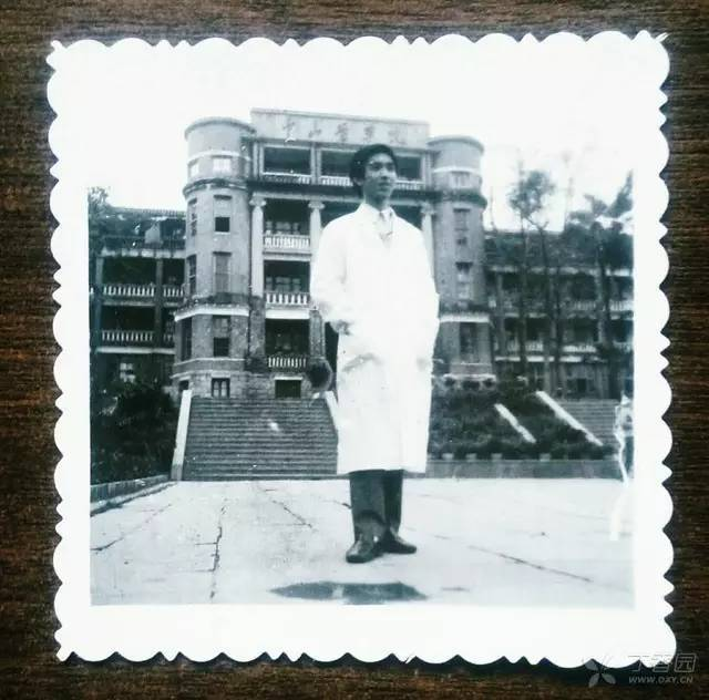从 40 后到 90 后,半个世纪六代医生的高考记忆