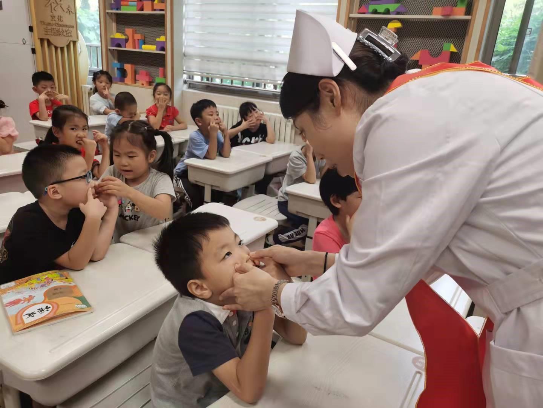 新学期伊始,济南市第二人民医院「护瞳行动」再启程