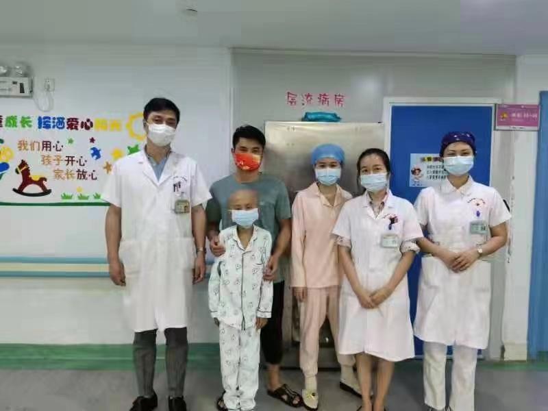 不让一个罕见病孩子掉队——记湘南地区第一例先天性免疫缺陷病移植成功出仓