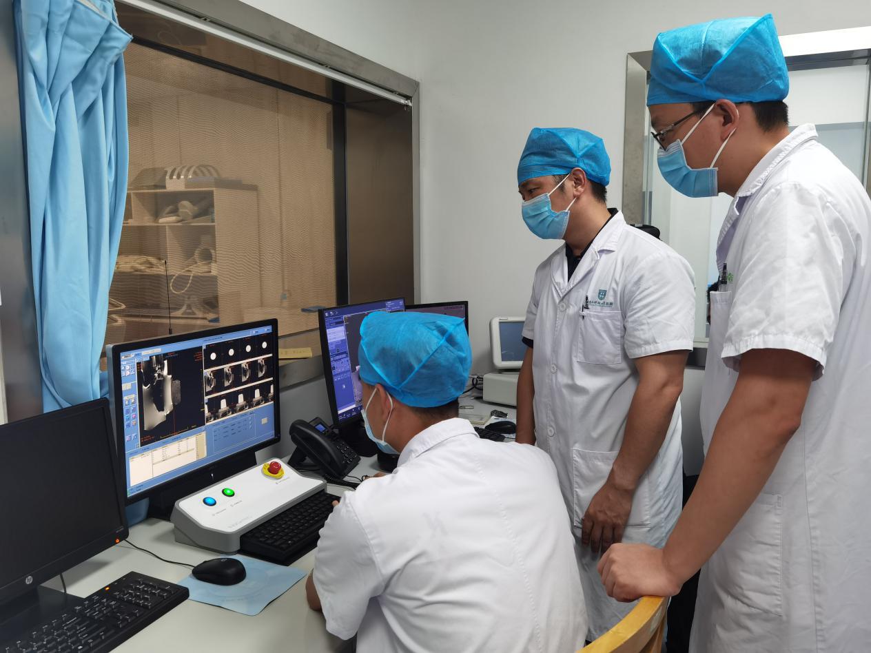 南科大医院率先在深引进价值 3500 万「磁波刀」设备